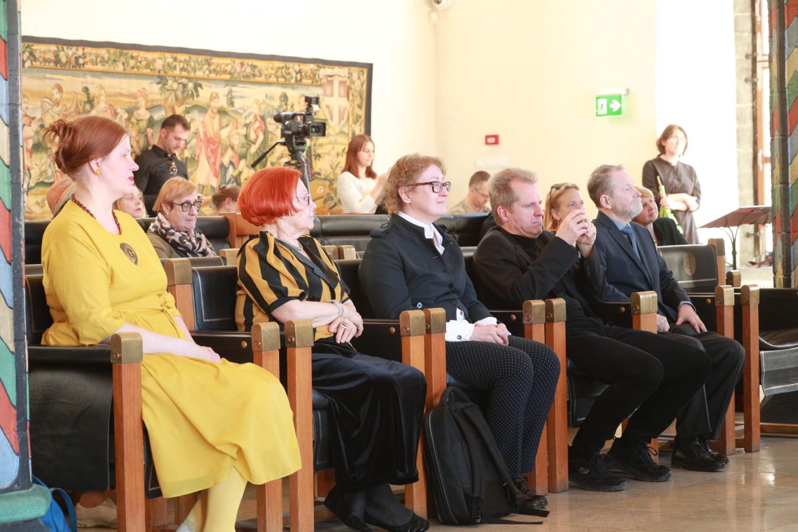 Laureaadid 2019: Karin Paulus, Anu Rank-Soans, Heie Marie Treier ja Arne Maasik, Uno Roosvalt